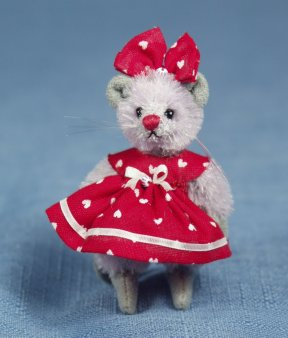 """DEB CANHAM /""""SNOWBALL MOUSE/"""" MINIATURE MOHAIR MOUSE IN DRESSED AS A SNOWBALL"""